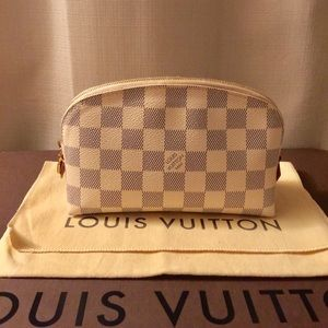 💯% authentic Louis Vuitton cosmetic pouch.